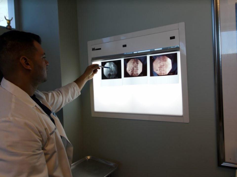 orthopedic spine specialist on Long Island